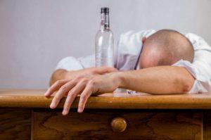 CBD und Alkohol Wirkung